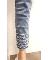 Blue Monkey LUNA 30017  Jeans Cropped Skinny Stickerei