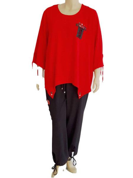 Legere Kombi bestehend aus Shirt und Hose mit vielen schönen Details