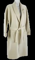 Lässiger Mantel in verschlussloser Form in Beige